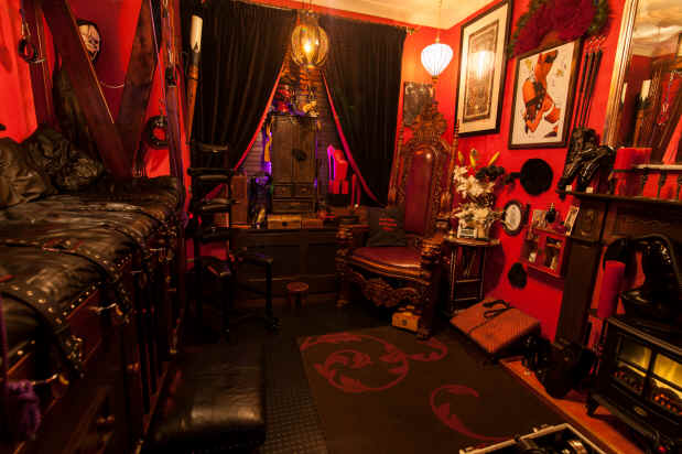 The_Throne_Room_London_Dungeon_Hire_27