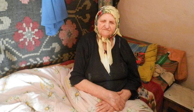 Femeia nu vede de peste 10 ani. FOTO: Natalia Munteanu