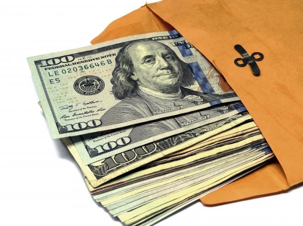 Legea permitea ca banii din surse externe să fie cheltuiți în alte scopuri decât cele stabilite FOTO: morguefile.com