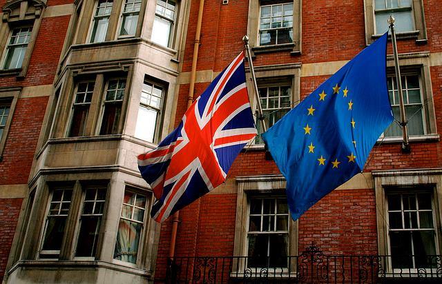 Britanii decid joi dacă Regatul Unit rămâne sau nu parte a UE Sursa: Facebook / Brexit watch