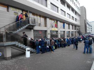 Cozi la Oficiul Stare Civilă din Chișinău (Februarie 2016) Sursa Foto Unimedia.md/Ion Bologan
