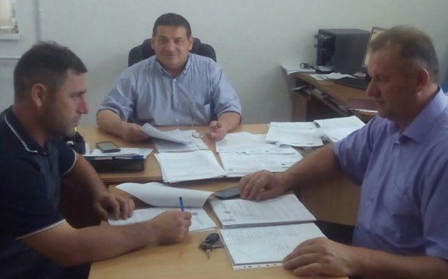 Ivan Burgudji prezidează ședința comisiei Sursa foto