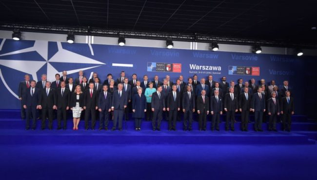 Șefii statelor și guvernelor membre ai NATO Sursa foto