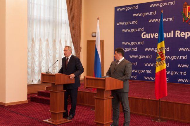 Rogozin și Calmîc, la Chișinău FOTO Sandu Tarlev