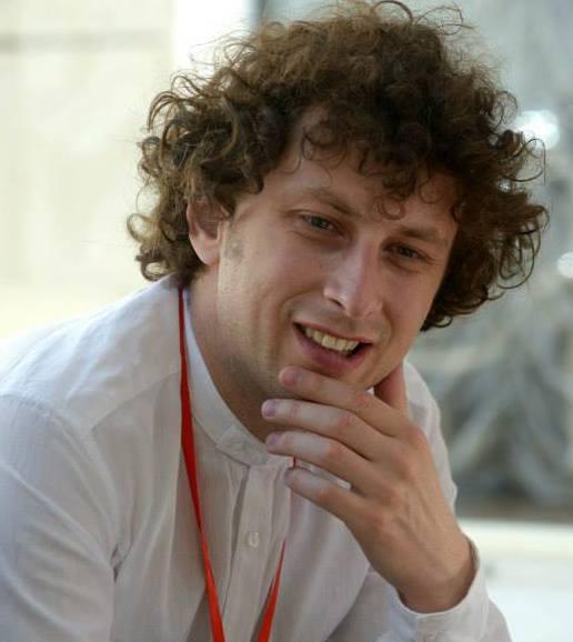 Alexandru Pleșca a fost prezentator la mai multe posturi de radio. Sursa foto