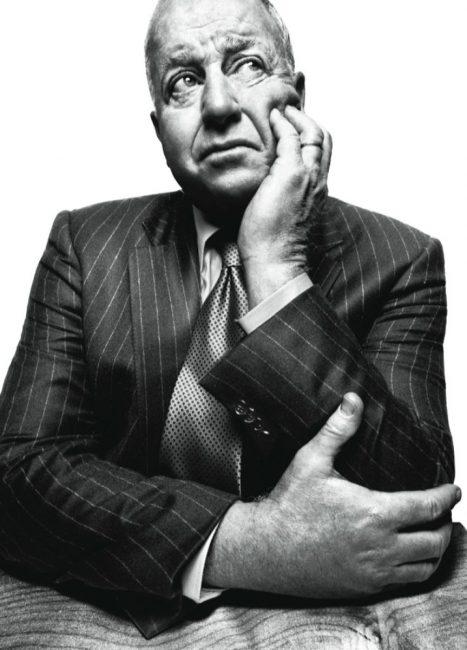 Kroll în oficiul său din New York. Photo by Platon