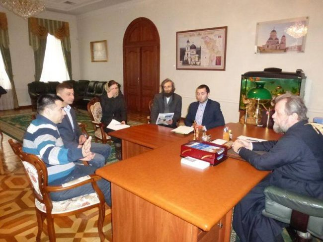 Nicolae Spataru la sfat cu Mitropolitul Moldovei Vladimir