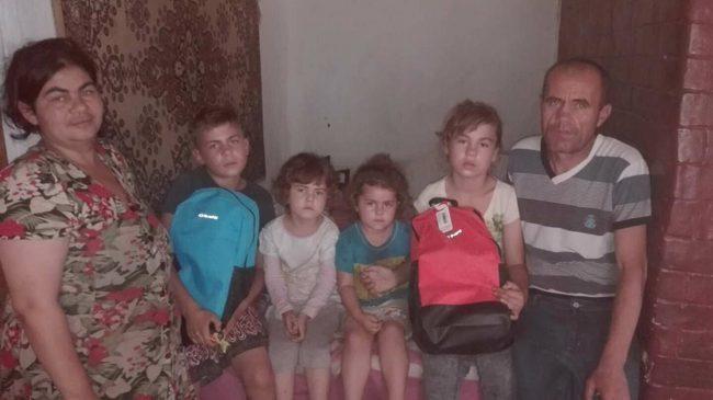 Ana și Victor Cebotari își cresc cei patru copii într-o sărăcie lucie FOTO: Galina Munteanu