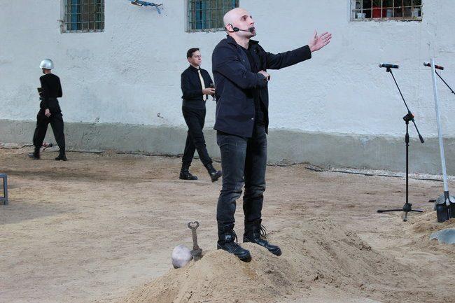 Sergiu în rolul lui Hamlet. FOTO: DIP