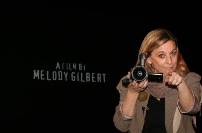Melody este considerată a fi unul din cei mai buni realizatori de film documentar. Sursa foto