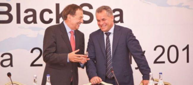 Prim-vicepreşedintele Partidului Democrat, Dl Vlad Plahotniuc, a avut o întrevedere cu Secretarul general al Internaţionalei Socialiste, Dl Luis Ayala.