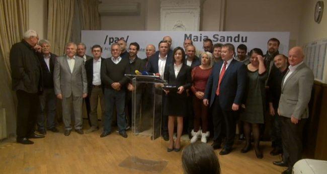 Maia Sandu și susținătorii ei FOTO captură privesc.eu