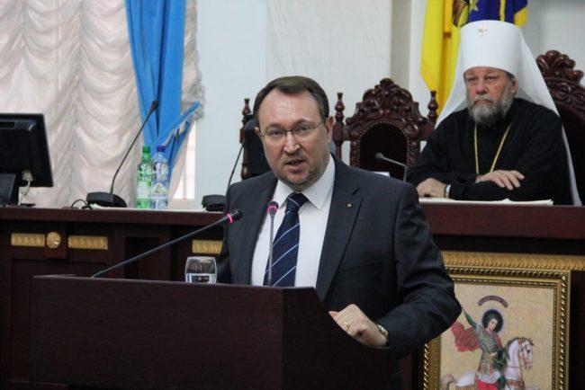 Libertatea religioasă reprezintă un act de credință personal, determinat de conştiinţa fiecăruia, a declarat președintele Curți Constituționale, Alexandru Tănase