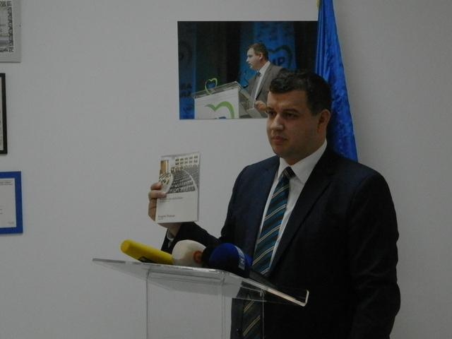 Președintele executiv al Partidului Mișcarea Populară (PMP), Eugen Tomac. Foto: moldNova.eu