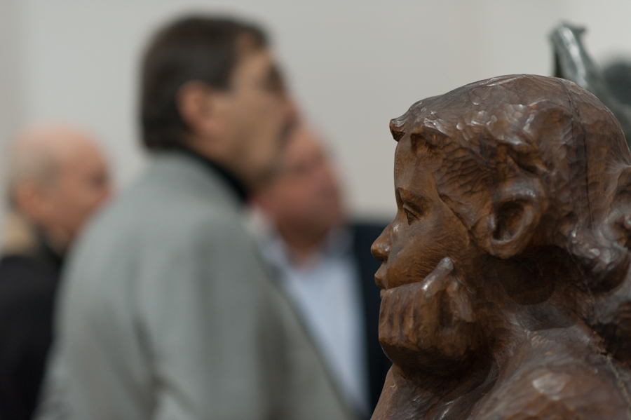 Sculptură expusă la Muzeul Național de Artă. FOTO: Sandu Tarlev