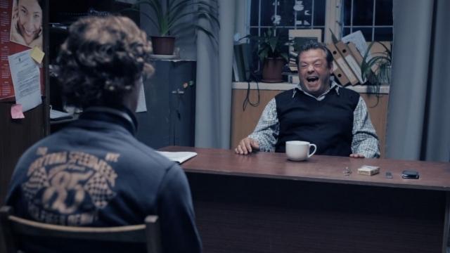 """Secvență din filmul """"Ce lume minunată"""" care a fost difuzat la TVR Moldova la o oră de maximă audiență. Sursa foto"""