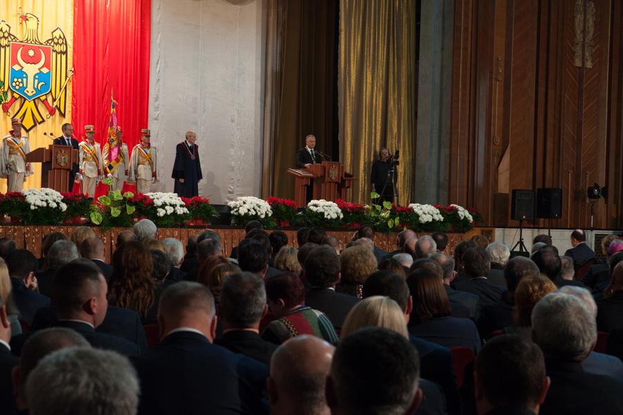 Igor Dodon ține un discurs în fața invitaților veniți la învestire FOTO: Sandu Tarlev