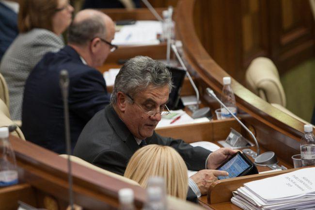 Comunistul Oleg Reidman, unul din autorii reformei amnistiei fiscale din 2007 FOTO Sandu Tarlev