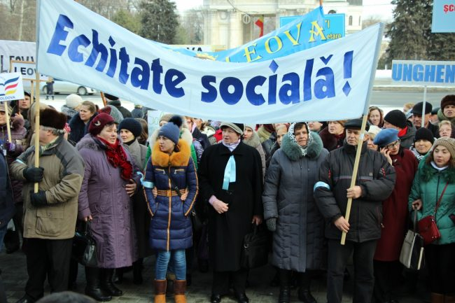 FSEȘ a anunțat stoparea protestelor. FOTO sindicate.md