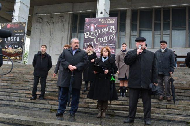 Dumitru Ivanov, liderul FSEȘ, vorbește în cadrul unui miting al profesorilor din aprilie 2014 Sursa foto