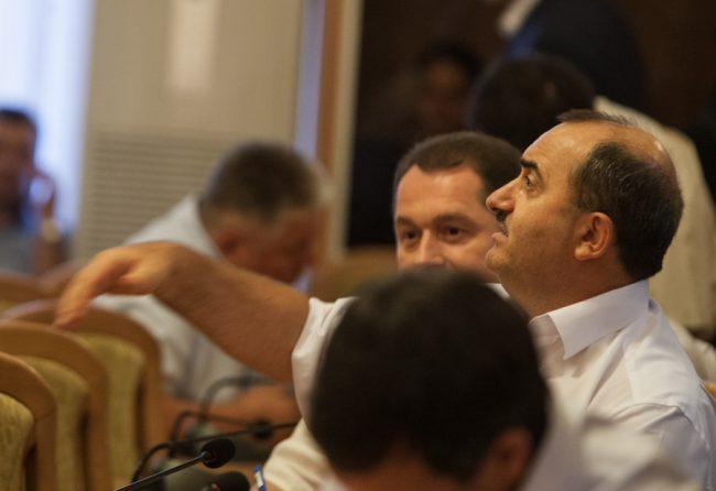 Șeful CFM, Iurie Topală, în ședința Consiliului Municipal Chișinău FOTO Sandu Tarlev