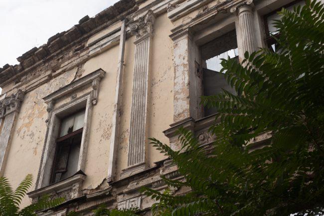 Conacul urban Rîşcanu-Derojinschi, Monument de arhitectură de însemnătate naţională(str. București intersecție cu V.Pârcălab) FOTO: Sandu Tarlev