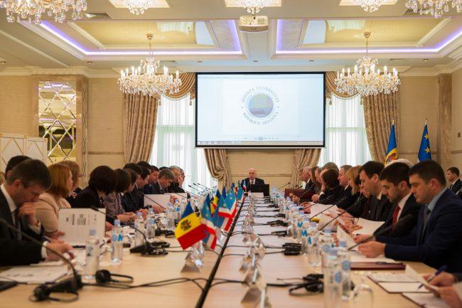 Membrii Guvernului s-au întrunit, pe 4 martie 2016, într-o ședință specială în satul Avdarma din Găgăuzia FOTO gov.md