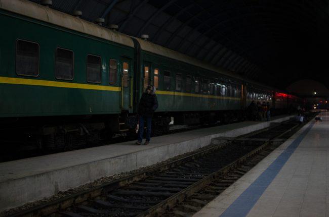 Trenul Chișinău-Moscova. Cu el pleacă la muncă cei mai mulți moldoveni care aleg să lucreze în Rusia FOTO Sandu Tarlev