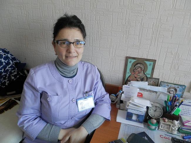 dr Angela Peltec