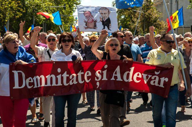 protest-maia-sandu-andrei-nastase-4