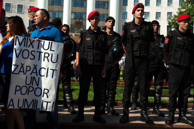 protest-parlament-votul-mixt-4